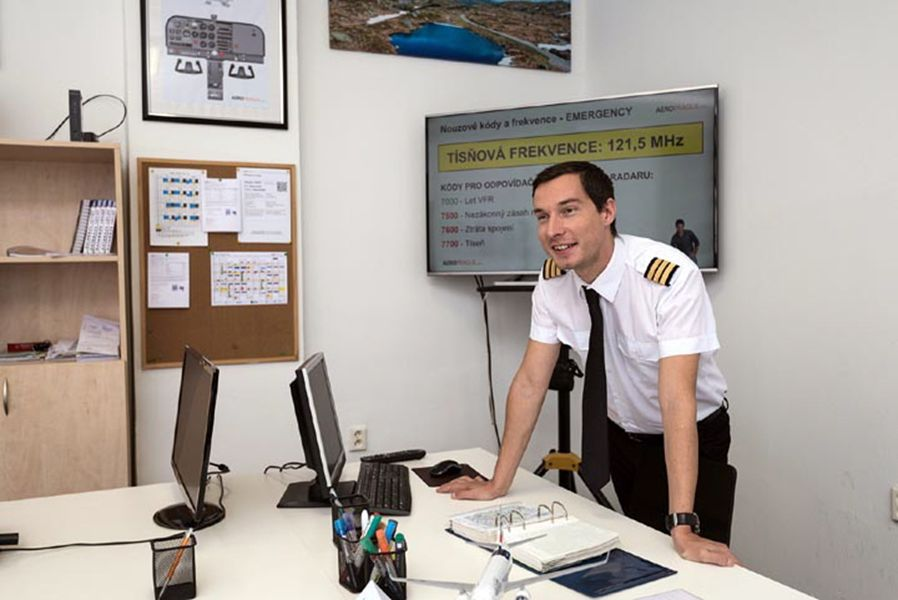 Kurz angličtiny pro piloty IFR a VFR začíná v pátek 4. června v pražských Letňanech