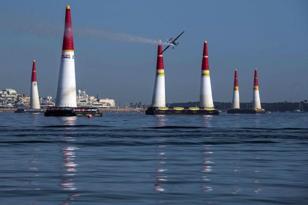 RBAR: Závod v Cannes se Čechům nevyvedl, zvítězil Hall