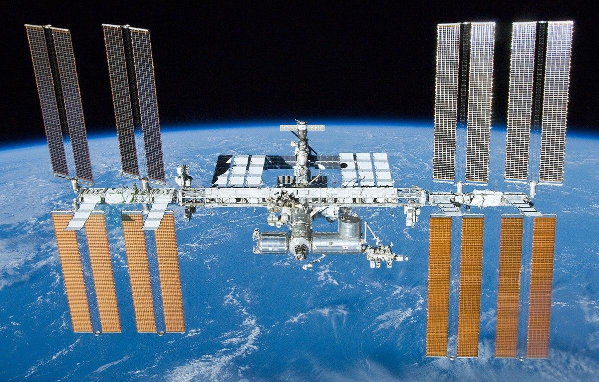 20 let společně na kosmické stanici - 1. část
