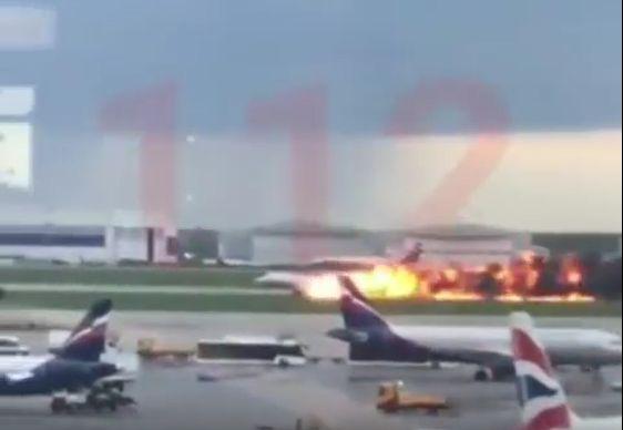 Bilance po nehodě Superjetu v Moskvě je 41 mrtvých a 37 zraněných