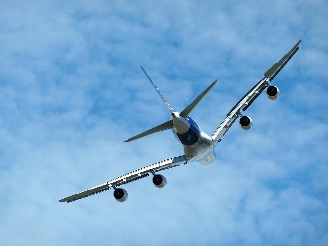 Mezinárodní letecká přehlídka v pařížském Le Bourget začala