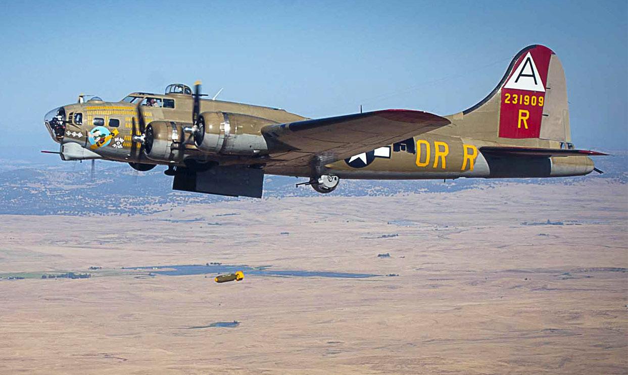 Předběžná zpráva o nehodě B-17 příčinu zatím nenaznačuje