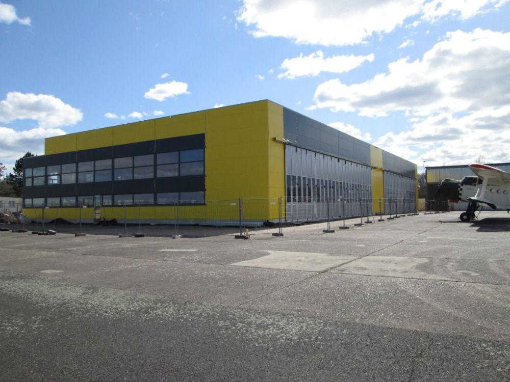 Na letišti v Hradci Králové je nový hangár s podlahovým vytápěním