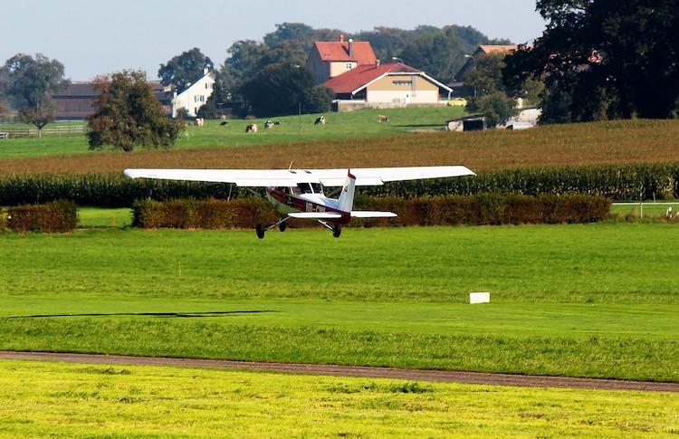 """""""Malé"""" létání má, byť s některými omezeními, oficiálně zelenou"""