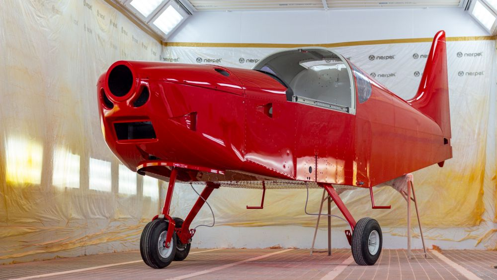 Direct Fly nabízí možnost moderního lakování celokovových letadel