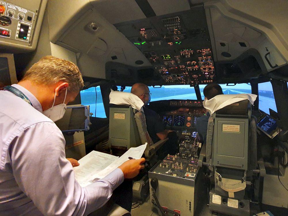 VIDEO: Refresher na simulátoru Boeingu 737