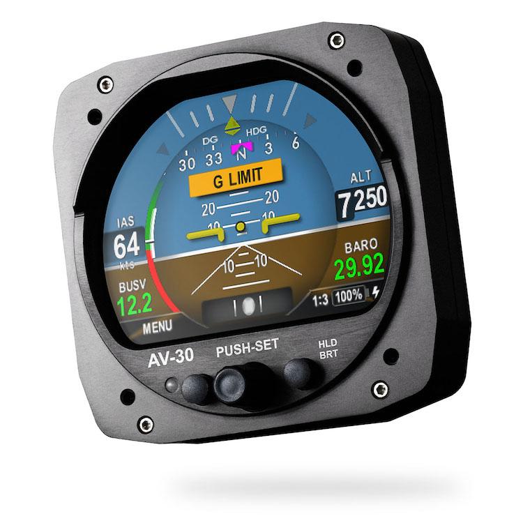 uAvionix získal certifikaci FAA pro svůj kombinovaný přístroj AV-30-C