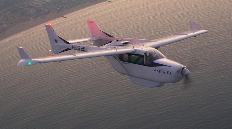 Ampaire provedlo se svým hybridním letounem 550 km dlouhý let