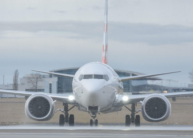 Boeingy 737 MAX se mohou vrátit do vzduchu, oznámil FAA