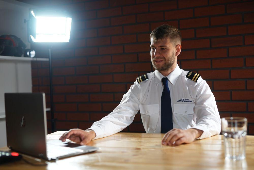 Podzimní smršť kurzů ve Flying Academy - nejlepší volba pro výcvik