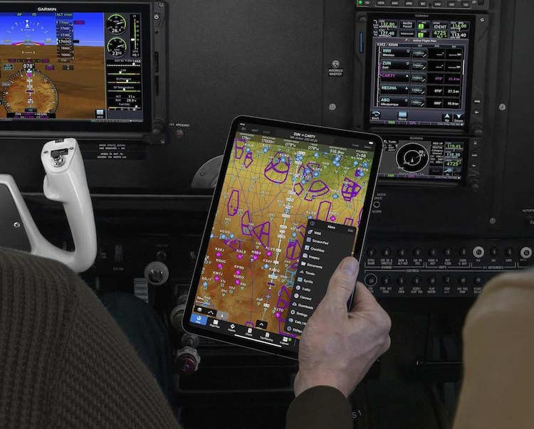 Nová aktualizace Garmin Pilot zobrazí NOTAMy přímo v mapě