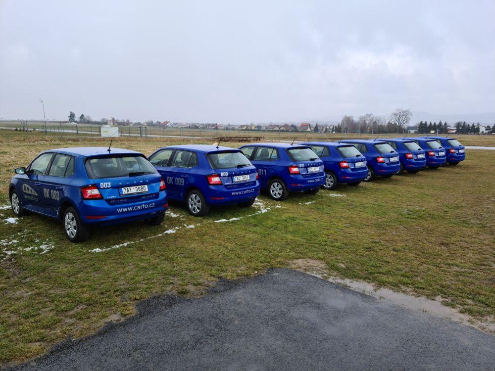 Půjčovna aut pro piloty Carto.cz nabízí uživatelům dárek za registraci