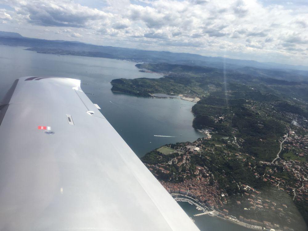 Letecká škola AeroPrague nabízí výcvikové lety po Evropě pod vedením instruktora