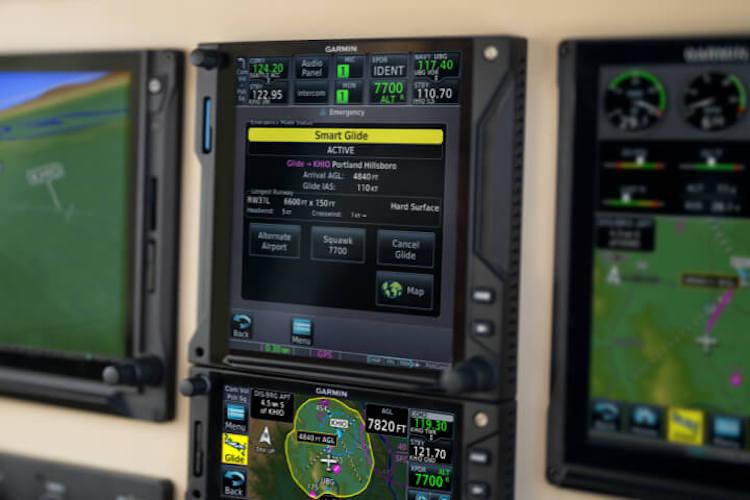 Garmin Smart Glide pilotovi pomůže doklouzat v případě vysazení motoru