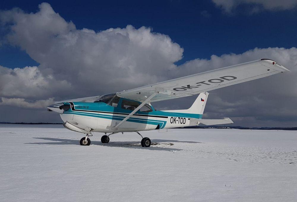 Aeroklub Točná otevírá 8. listopadu na Letišti Slaný kurz teorie PPL a SPL